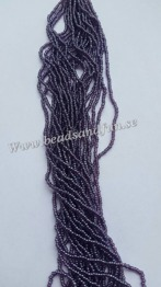 Dark Amethyst Luster - Dark Amethyst Luster. HSB/26060/ 11/0 = 2,1mm. Ca 400 pärlor / sträng.