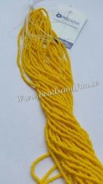 Yellow Opaque - HSB/19852/ 11/0 = 2,1mm Ca 400 pärlor / sträng.
