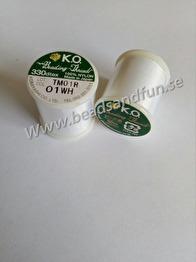 K.O - K.O. är en pärltråd av 100 % nylon som tillverkas i Japan. Tråden är trasselfri, vaxad och kan knytas hårt. PAssar till 10,11,12