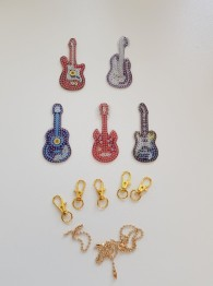 Nyckelring 5 pack gitarr - Nyckelringar 5 pack gitarr