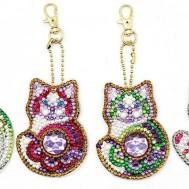 Nyckelring 4 pack katter bling