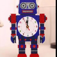 Klocka 31x21cm robot