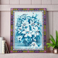 Blommor vit blå