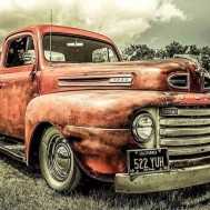 Bil vintage röd, fyrkant 50x40cm