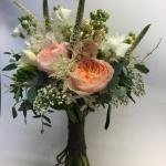 Brudbukett i aprikoston