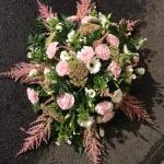 Liggande dekoration, kudde rosa