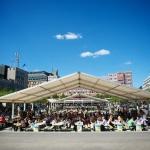 Evenemangstält med vita PVC dukar