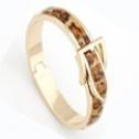 Bältesarmband på guldfärg Vit - Leopard på guldfärg