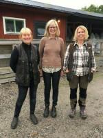 På bild Marianne Blixt, domare Anki Andersson, Maria Björklund
