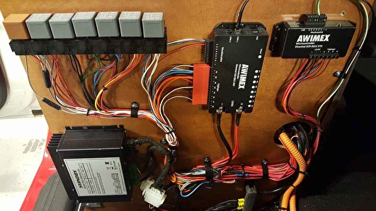 Installation of two digital relay boxes
