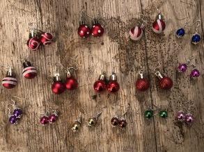 Julkulor öronhänge - Julkulor röda 2cm