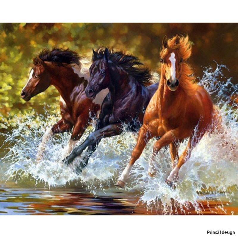 diamond-painting-distributor-3-running-horse-5d-wholesale-5291248