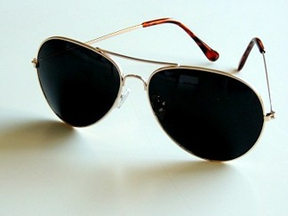 Solglasögon pilot guld classic