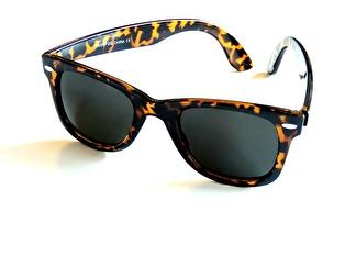 Solglasögon Lecce, 2 färger
