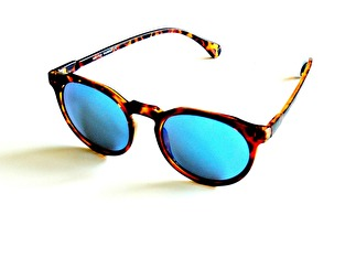 Solglasögon WatchMe
