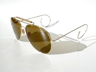 Solglas pilot med ridskalm