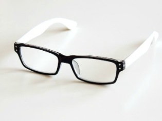 Läsglas Lissabon svart/vit