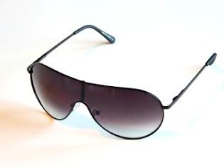 Solglasögon Diana svart