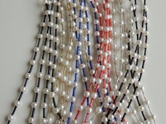 Snöre pärlor och färger