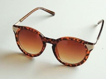 Solglasögon Tisdag