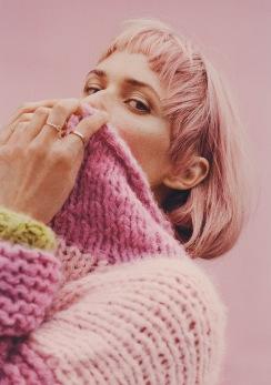 Oh Land - Nr. 2 Stærk Sweater