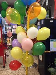 Ballongutdelning på Coop