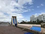 80m vattenslider på Scaniabadet i Malmö. Malmö Stad bjuder alla barn till lek