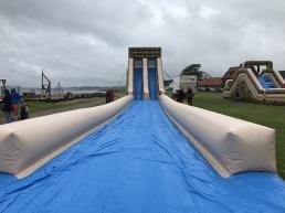 20m vattenslide med rutschkana på Borstahusdagarna