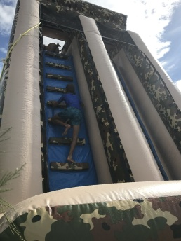 8m hög vattenrutschkana