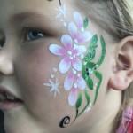 ansiktsmålning blomma