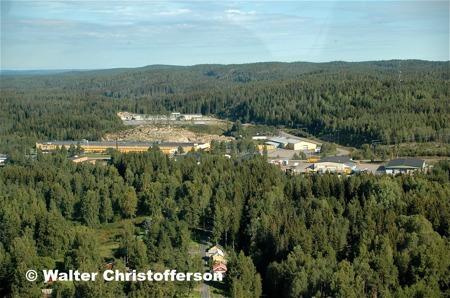 Ståltorpets och Källhultets industriområden - vy från söder.