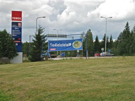 Motorcykelgruppens samlingsplats. Vaalimaa i östra Finland, gränspassage mellan Finland och Ryssland.