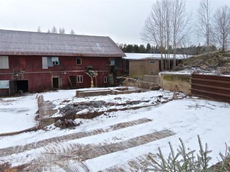 Spånfickan och pannrummet vid gamla sågen är borta.