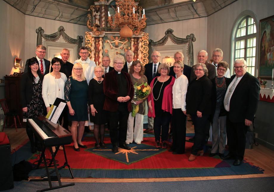 Ole och Bodil Olsen samt den för dagen speciellt sammansatta kyrkokören under ledning av Runar Patriksson.