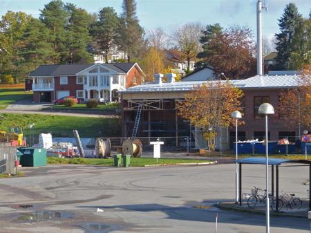 Arbetet med ombyggnad av brandstationen fortskrider.