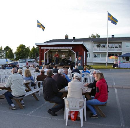 Rock och Blues med Lorangas.