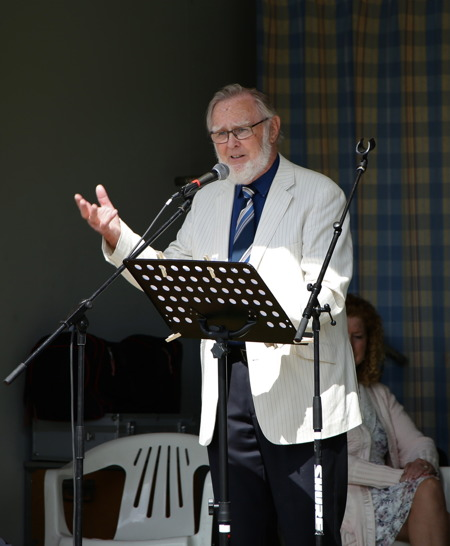 Roland Moberg höll gudstjänst.