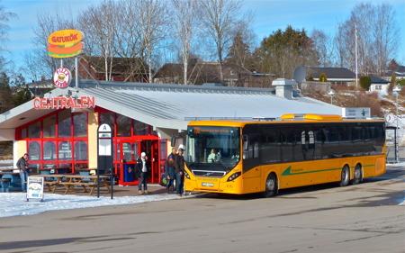 Värmlandstrafik linje 700 Töcksfors - Årjäng - Karlstad - Årjäng - Töcksfors - utgår från Töcksfors busscentral - klicka på bilden för att se tidtabellen.