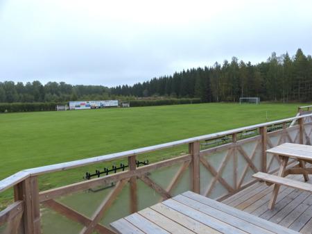 Den stora fotbollsplanen är i bra skick inför helgens matcher.