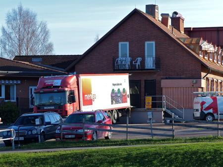 Menigo levererar matprodukter till Solgården.
