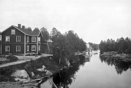 Inloppet till övre slussen i Töcksfors.