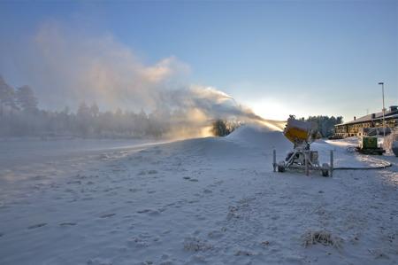 15 december 2015 - Så kom kylan och det var dags att producera konstsnö igen.