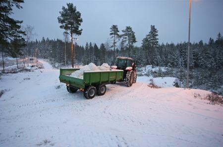 28 december 2015 - Utkörning av konstsnö.