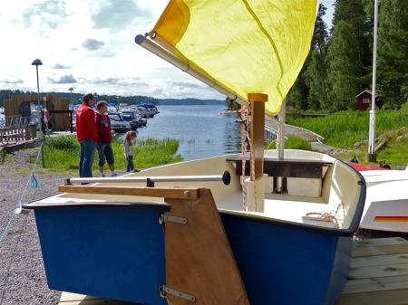 Efter uppvärmningen med stövelkastning var det dags att börja tänka på segling.