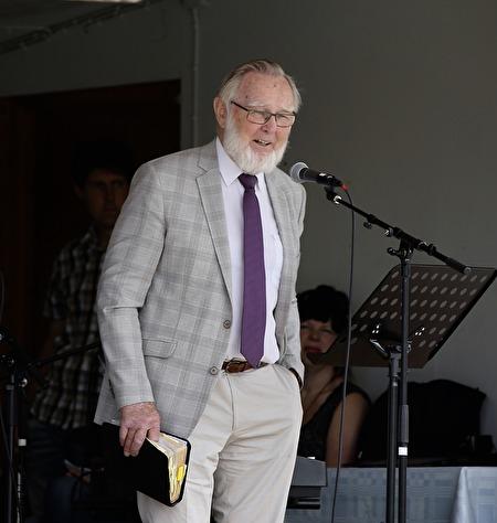 Roland Moberg höll Ekumenisk gudstjänst.