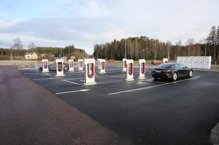 Tesla laddningsstationer