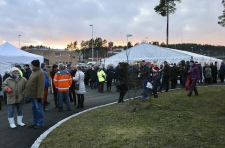 Många kom till festområdet vid Norgesporten.
