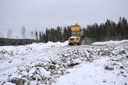 6 mars 2018 - Här skapas arbetsytan där vindkraft-verk nr 8 skall stå.