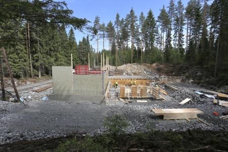 29 maj 2018 - Byggnation av nya transformator-stationen, som skall ta emot elproduktionen från vindkraftverken på Joarknatten.
