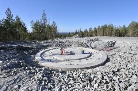 8 juni 2018 - Fundament 6 klart för montering av stålkonstruktinen där vindkraftverkets torn skall skruvas fast.